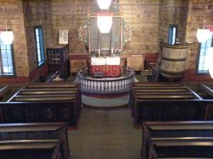 Grindheim kirke inne